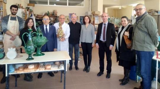 Rektör Prof. Dr. Sedat Murat Çanakkale Seramikleri Araştırma Geliştirme ve Uygulama Merkezini Ziyaret etti