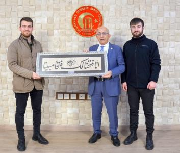 Sosyal Sorumluluk Topluluğundan Rektör Prof. Dr. Sedat Murat'a Ziyaret