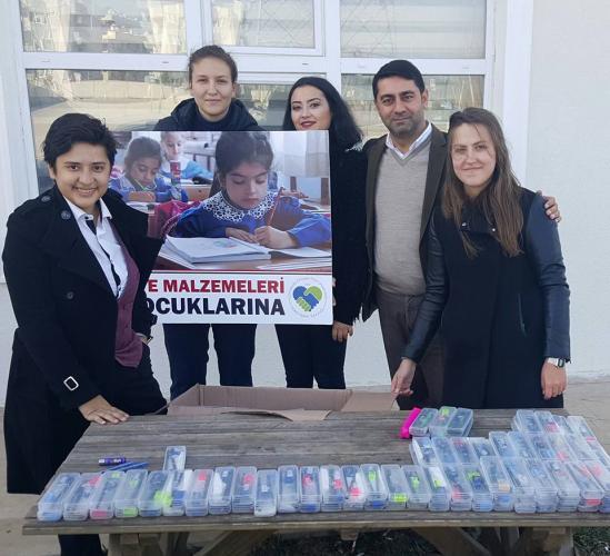 HİT Köy Çocukları İçin Kırtasiye Malzemesi Topladı