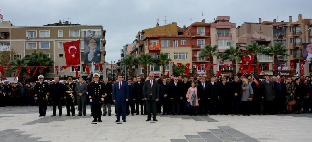 Rektör Yardımcısı Prof. Dr. Mirza Tokpunar Çelenk Koyma Törenine Katıldı