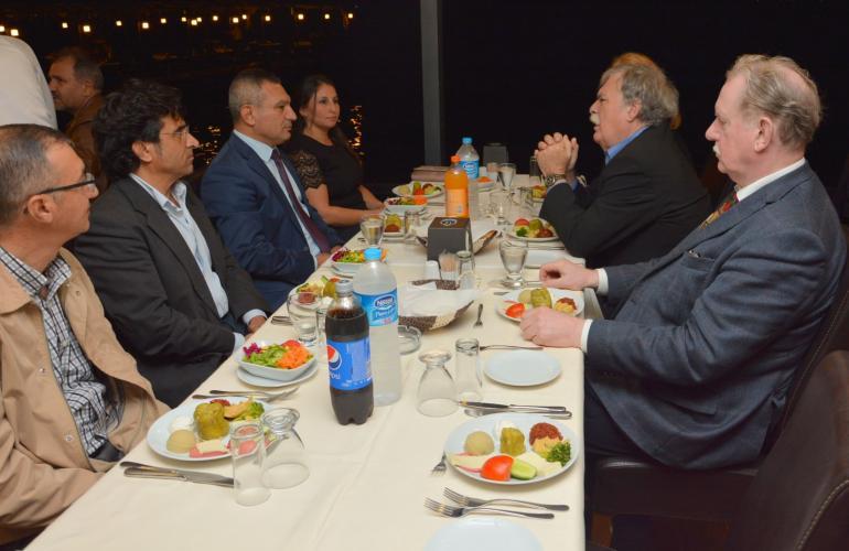 Rektör Acer, Balkan Sempozyumu İçin Şehrimize Gelen Akademisyenlerle Akşam Yemeğinde Bir Araya Geldi