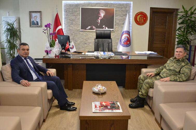 Tümgeneral Çetingöz'den Rektör Acer'e İade-i Ziyaret