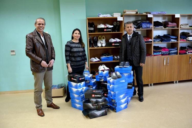 Araştırma Proje Eğitim Kooperatifi'nden ÇOMÜ Butik'e Bağış