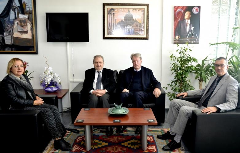 Avustralya Heyetinden Rektör Vekili Prof. Dr. Süha Özden'e Ziyaret