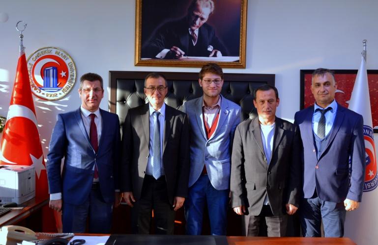 Ayvacık Belediyesi'nden Rektör Yardımcısı Prof. Dr. Süha Özden'e Ziyaret