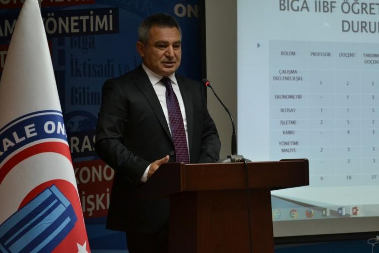 Biga İİBF'de Akademik Kurul Toplantısı Gerçekleştirildi