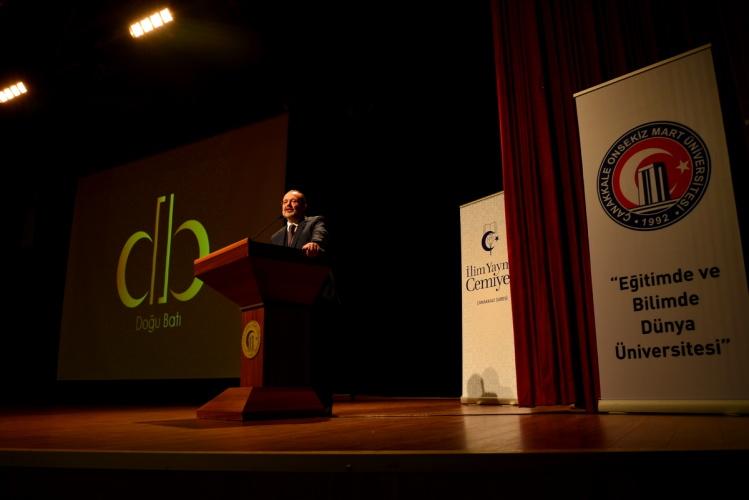 Bilgi, Ahlak ve Üniversite Konferansı Gerçekleştirildi