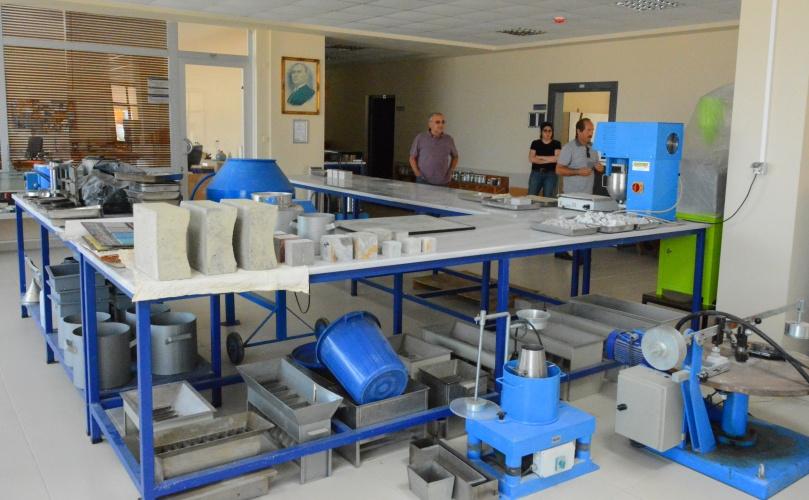 Bölgenin En Gelişmiş Yapı Malzemeleri Laboratuvarı ÇOMÜ'de