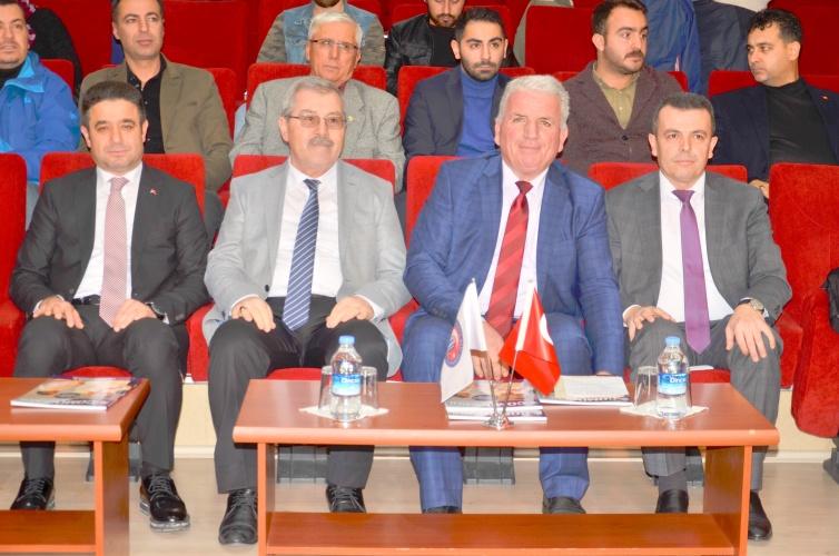 """""""Çanakkale Savaşları'nın Balkanlardaki Yansımaları ve Çanakkale Türküsü"""" Konulu Konferans ÇOMÜ'de Gerçekleştirildi"""