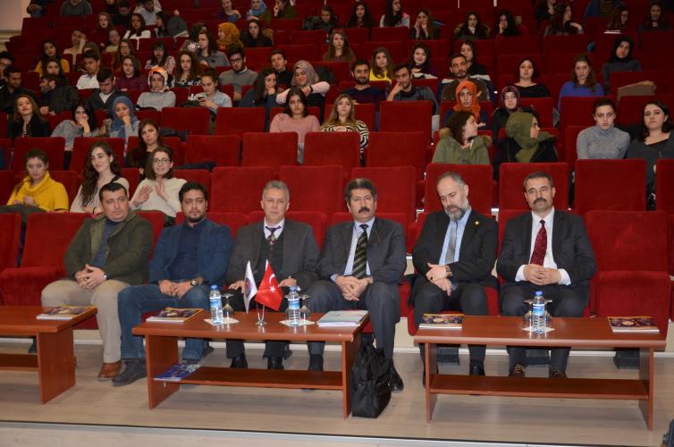"""ÇOMÜ'de """"Mehmet Akif Ersoy ve Eseri"""" Konulu Konferans Düzenlendi"""