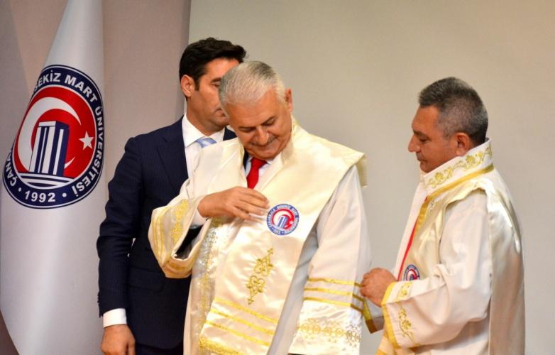 Üniversitemizden Başbakan Yıldırım'a Fahri Doktora Ünvanı
