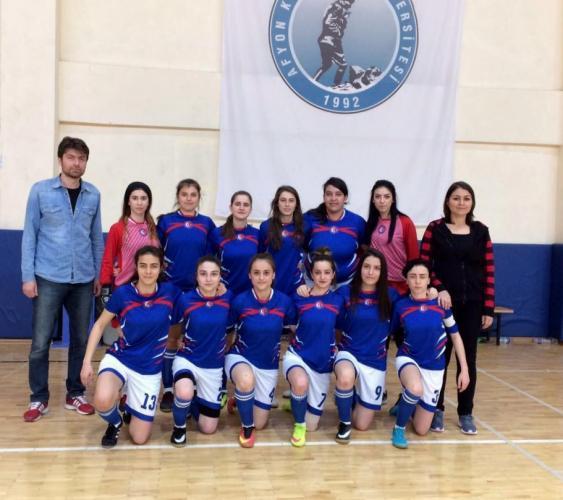 ÇOMÜ Kadın Futsal Takımı 1. Lige Yükseldi