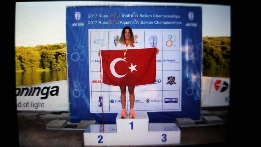ÇOMÜ'lü Buse Aygün Balkan Şampiyonu