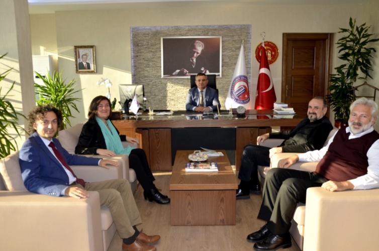 Hakan Aysev'den Rektör Prof. Dr. Yücel Acer'e Ziyaret