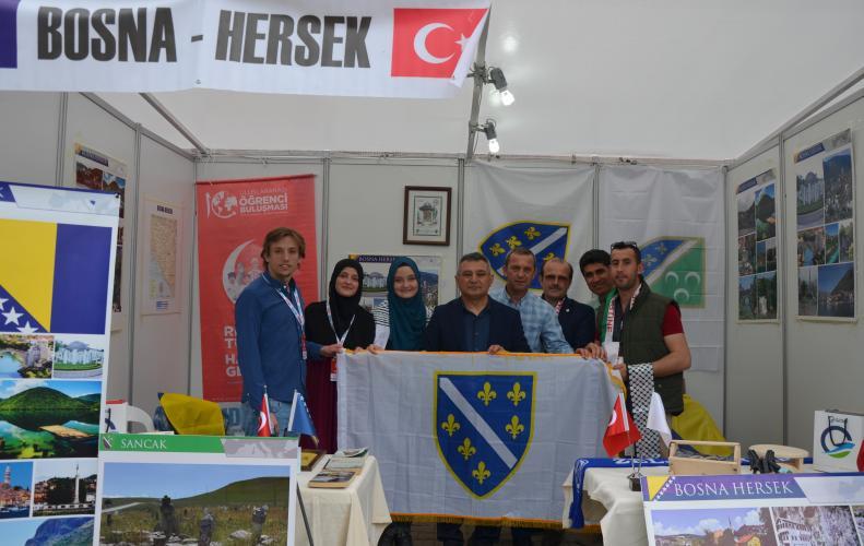 Rengimiz Türkiye Hazırız Geleceğe