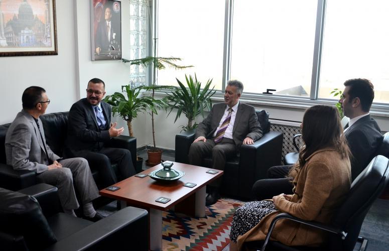 R. Onur Erim'den Rektör Vekili Özden'e Ziyaret
