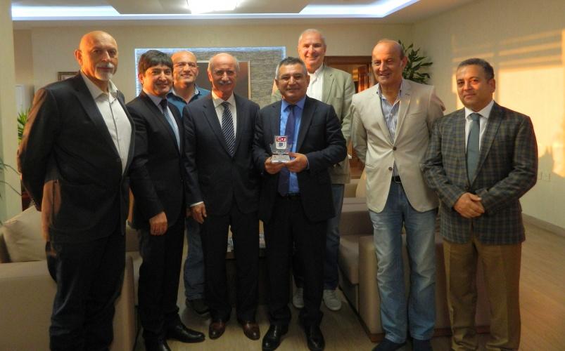 Sportif Alanda TÜSF – ÇOMÜ İşbirliği Gelişiyor