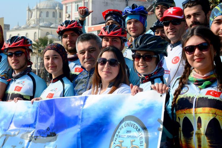 Trakya Üniversitesi Bisiklet Topluluğu Çanakkale'de Pedal Çevirdi