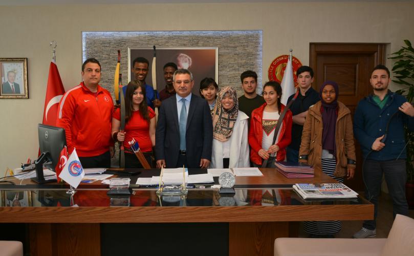 Uluslararası Öğrenciler Ata Sporumuz Okçuluğu Öğrenecek