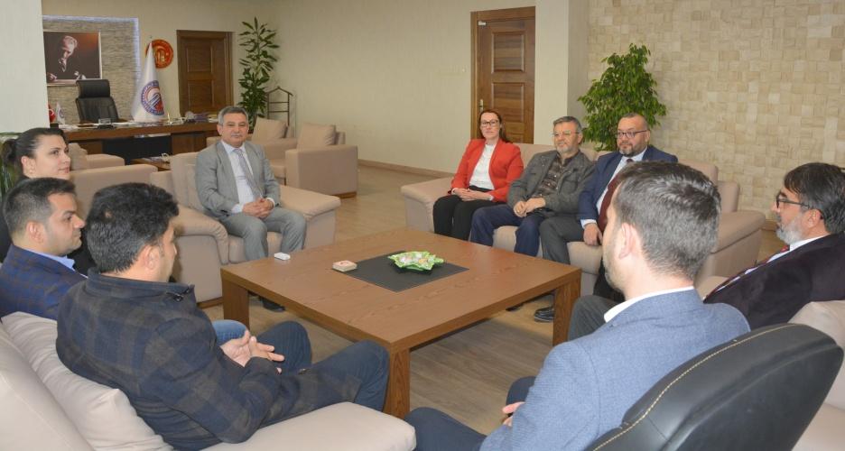 AK Parti İl Yönetiminden Rektör Prof. Dr. Yücel Acer'e Ziyaret