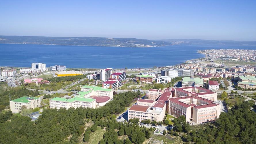ÇOMÜ'de Uzaktan Eğitim Çalışma İlişkileri ve İnsan Kaynakları Yönetimi Tezsiz Yüksek Lisans Programı Açıldı
