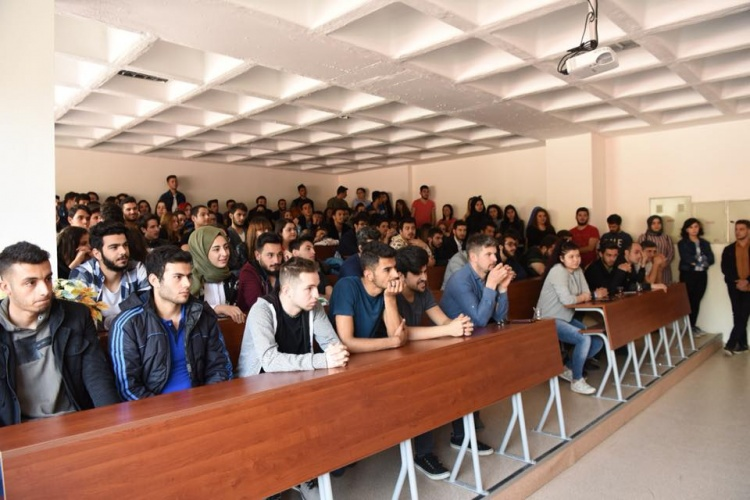 ÇOMÜ Öğrenci Konseyi Öğrenci Buluşmalarına Devam Ediyor