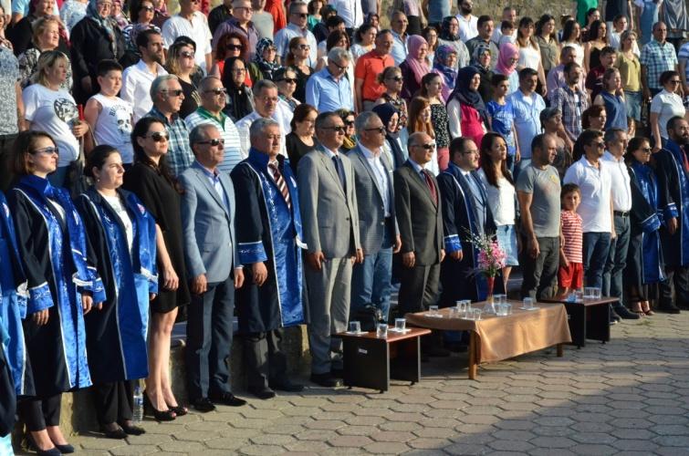 Gökçeada Uygulamalı Bilimler Yüksekokulu ve Gökçeada MYO  Mezuniyet Töreni Gerçekleştirildi
