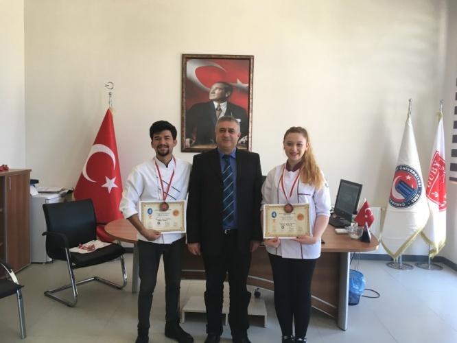 GUBY Öğrencileri 1. Ulusal Aşçılar ve Pastacılar Şampiyonası'ndan Madalyayla Döndü