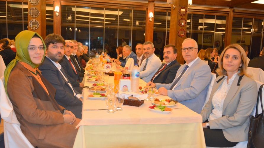 İkinci Uluslararası Sosyal Bilimler Eğitimi Sempozyumunun Gala Yemeği Yapıldı