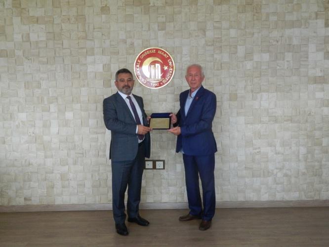 Kırım ve Dobruca Tatarları Kültür ve Dayanışma Derneği'nden Rektör Acer'e Ziyaret