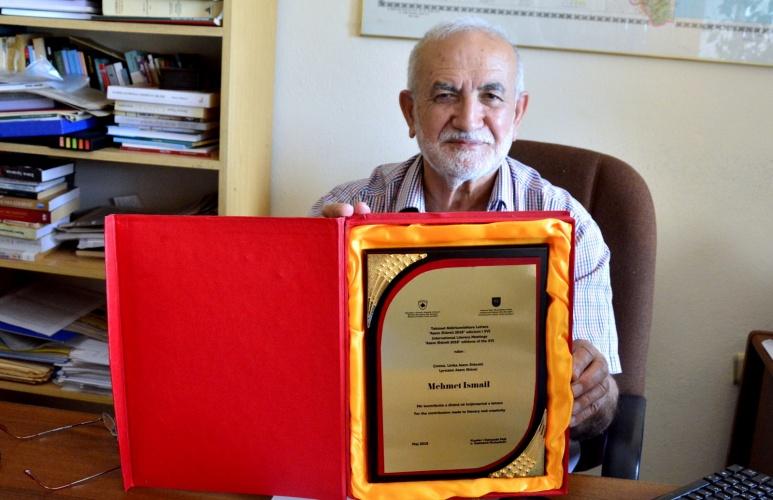 Prof. Dr. Mehmet İsmail'e Bir Ödül de Kosova Cumhuriyeti'nden