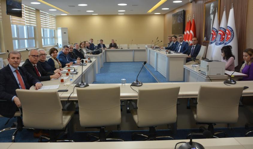 Yenilenen Senato Salonunda İlk Toplantı Yapıldı