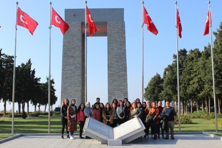 Birinci Sınıf Öğrencilerine Yönelik Şehitlik Ziyaretleri Projesi Devam Ediyor