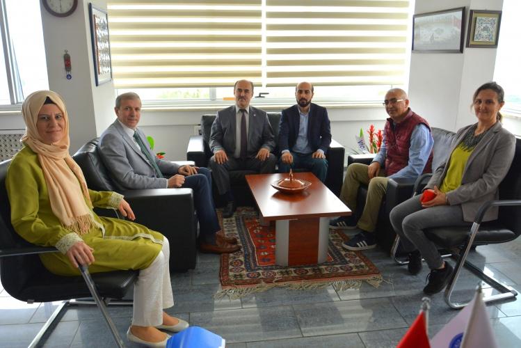 ÇOMÜ Eğitim Bir-Sen'den Rektör Yardımcısı Prof. Dr. Bünyamin Bacak'a Ziyaret