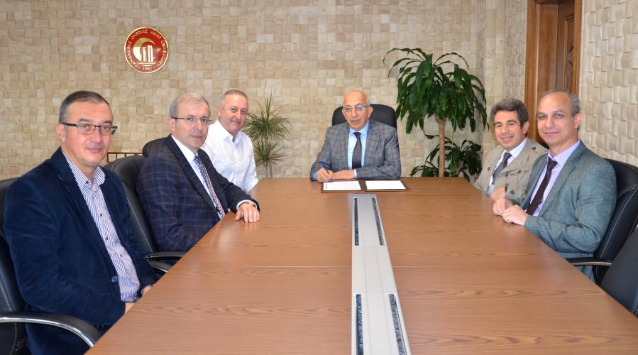 ÇOMÜ ile DOC Akademi (izleal.com) Firması Arasında Eğitim Protokolü İmzalandı