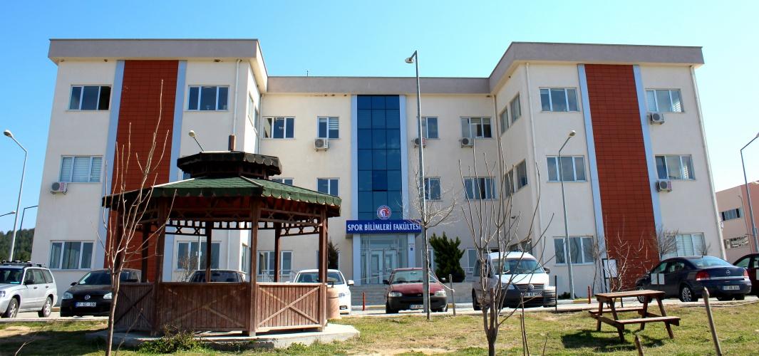 ÇOMÜ Spor Bilimleri Fakültesi 20 Sıra Birden Yükseldi