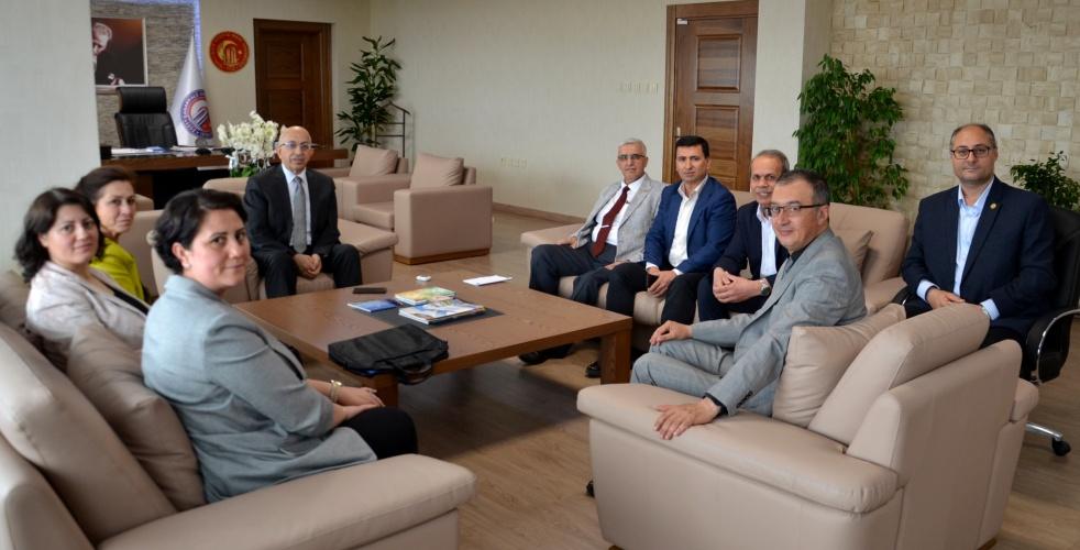 ESBAV Yönetiminden Rektör Prof. Dr. Sedat Murat'a Ziyaret