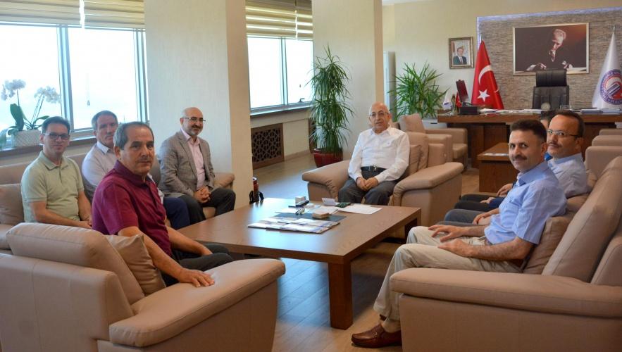 İlim Yayma Cemiyeti'nden Rektör Prof. Dr. Sedat Murat'a Ziyaret
