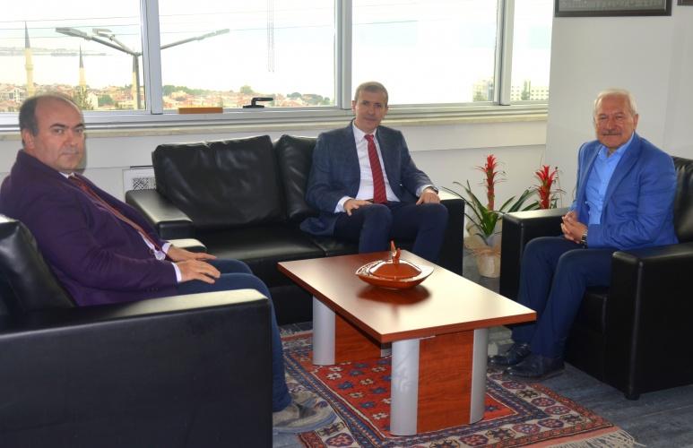 Lapseki Belediye Başkanı Eyüp Yılmaz'dan Rektör Yardımcısı Prof. Dr. Bünyamin Bacak'a Ziyaret