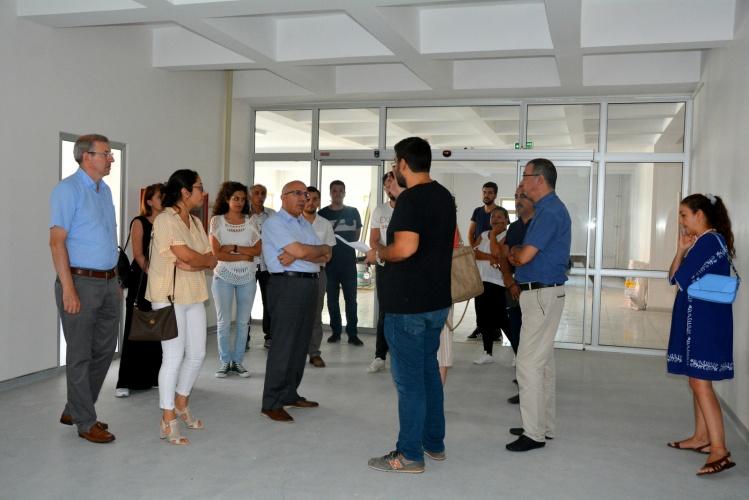 Rektör Prof. Dr. Sedat Murat, Diş Hekimliği Fakültesinde İncelemelerde Bulundu