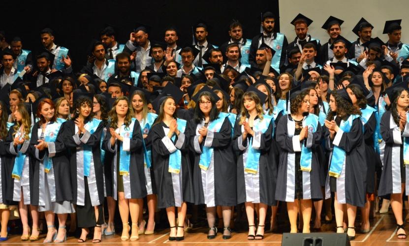 Turizm Fakültesi Mezuniyet Töreni Gerçekleştirildi