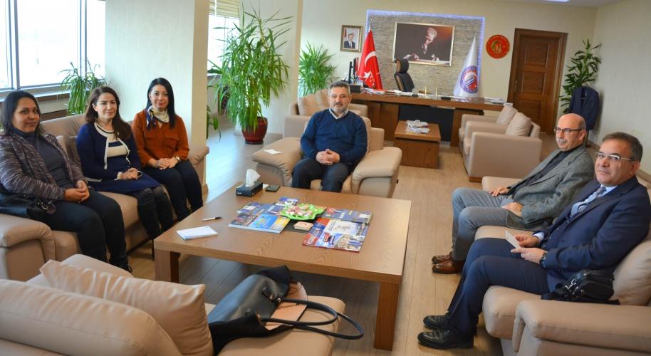 Türkiye Rusya İşbirliği Araştırma ve Uygulama Merkezi (TURUSIA) Yönetim Kurulu Üyeleri'nden Rektör Acer'e Ziyaret