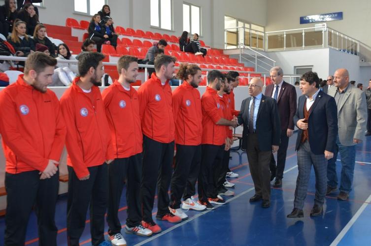 Türkiye Üniversite Sporları Federasyonu Voleybol İkinci Lig Grup Birinciliği Müsabakaları ÇOMÜ Evsahipliğinde Başladı