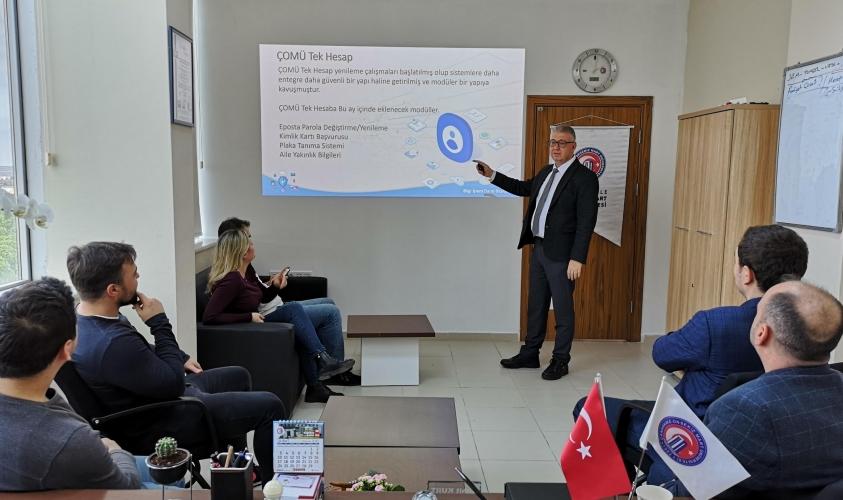 ÇOMÜ Rektörü Prof. Dr. Sedat Murat, Bilgi İşlem Daire Başkanlığı Çalışanlarıyla Bir Araya Geldi