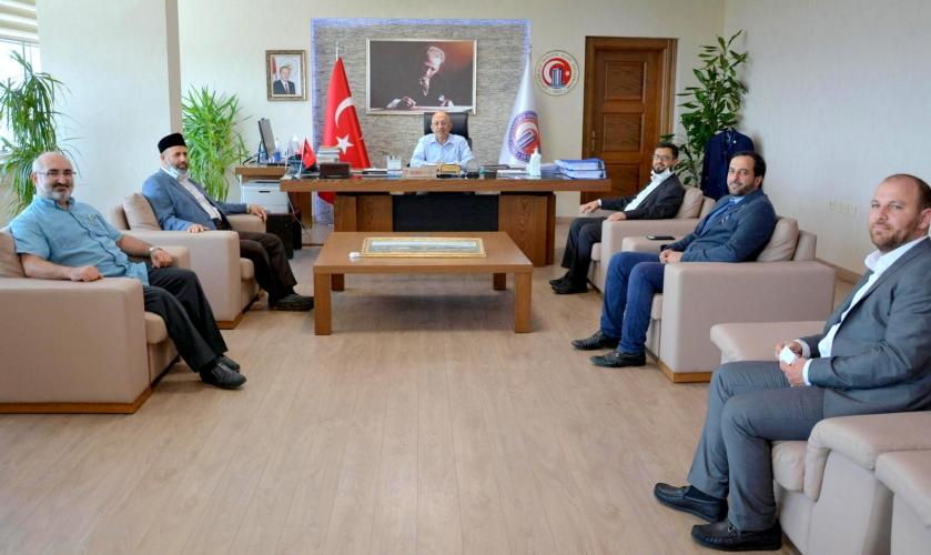 Filistin Alimler Derneğinden ÇOMÜ Rektörü Prof. Dr. Sedat Murat'a Ziyaret