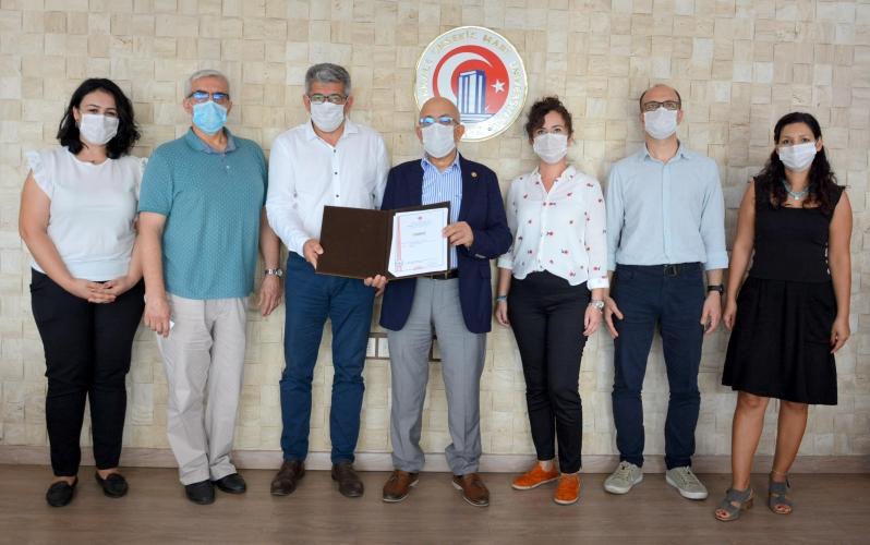 Uluslararası Biyoçeşitlilik Araştırmaları Sempozyumu Yönetim Kurulundan ÇOMÜ Rektörü Prof. Dr. Sedat Murat'a Ziyaret