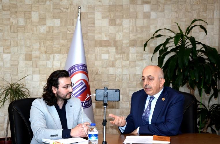Rektör Prof. Dr. Sedat Murat Canlı Yayında Öğrenciler İle Buluştu